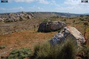 fotografias de megalitos templo maltas observatorio solar Gnejna Bay beach Malta