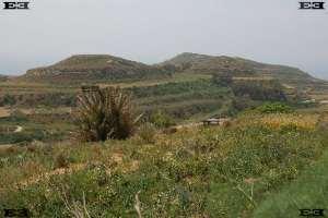 lynch hill old English terrace riser scarp malta astronomy solar observatories complexes malta at Dingli Cliffs