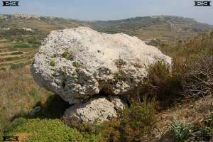 modern welsh maen hir long stone megaliths malta astronomy solar observatories complexes