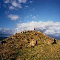 stone circles tor mound hill new zealand Waitapu Valley Maunganui Bluff solar observatory